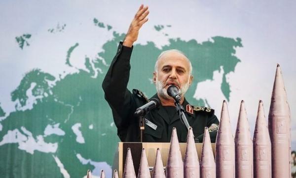 قائد عسكري إيراني يفاخر بجيوش إيران الستة خارج حدودها .. والحوثيون أحدها