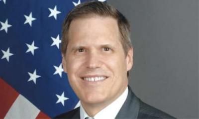 """السفارة الأمريكية بصنعاء تنفي طلبها من الرئيس السابق """" صالح """" مغادرة اليمن"""