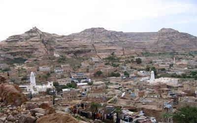 الإفراج عن 6 جنود من اللواء 33 مدرع كانوا قد اختطفوا يوم أمس في الضالع