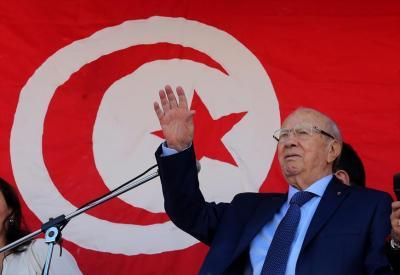 السبسي رئيسا لتونس بنسبة 55.68 في المئة