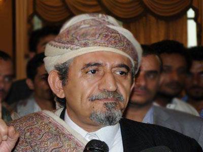 ( شاهد بالفيديو) رد الشيخ صادق الأحمر على تحكيم عبد الملك الحوثي له بحضور عدداً من المشائخ والوجهاء