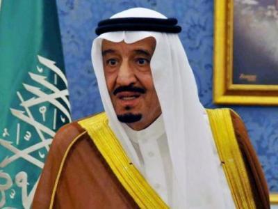 """ولي العهد السعودي """" سلمان بن عبد العزيز """" يعترف بأن السعودية تواجه تحديات غير مسبوقة"""