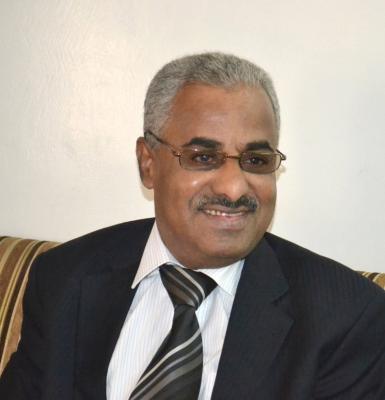 باصره يكشف عن القوى اليمنية التي يجب أن تتحاور وبمشاركة إيرانية سعودية ويدعوا إلى تبني خيار الإقليمين لحل القضية الجنوبية