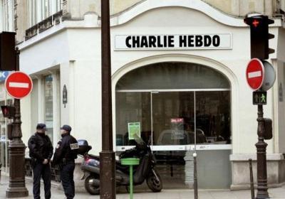 """مجدداً ..  صحيفة """"شارلي إيبدو"""" الفرنسية تستأنف الصدور برسم للنبي محمد والمسلمون يتألمون من السخرية( تفاصيل)"""