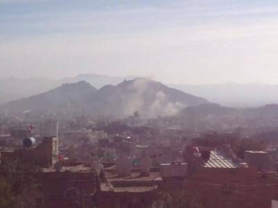عاجل : تعزيزات عسكرية وأخرى حوثية تصل المناطق المحيطة بدار الرئاسة والحوثيون يعتلون أسطح المباني ( مُحدًث )