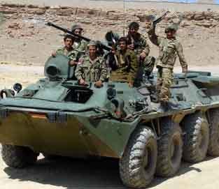 ألوية الحرس في الفريجة والصمع تواصل نشر أسلحتها الثقيلة بعد مواجهات مع الحوثيين بأرحب