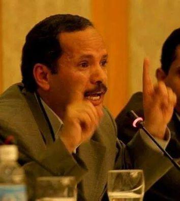 الأكاديمي المعروف الدكتور الظاهري يوجه رسائل تحذيرية للحوثيين ويقول ( اللهم قد بلغت .. اللهم فاشهد )