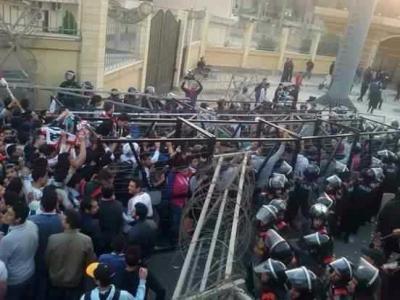 ( بالصور ) 22 قتيلاً في كارثة رياضية بمصر