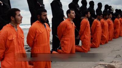 داعش ليبيا يذبح 21 عاملاً مصرياً من الأقباط