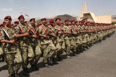 """صدور قرار يُجرٌد جنود قوات الإحتياط """" الحرس الجمهوري سابقاً"""" من أسلحتهم الشخصية"""