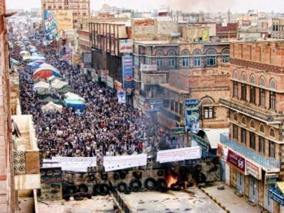 اليمنيون يحيون الذكرى الرابعة لمجزرة الكرامة .. والقتلة احرار