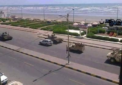 اللواء محمود الصبيحي والعميد ثابت جواس يقودان المعارك في عدن واللجان الشعبية والجيش يستعيدون أجزاء من مطار عدن