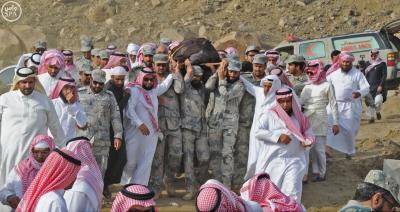 ( بالصور) دفن العريف السعودي المالكي الذي قُتل في الإشتباكات مع الحوثيين