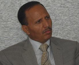 """تفاصيل إقتحام الحوثيين لمنزل البرلماني """" عبد العزيز جباري"""" وإختطاف نجله"""