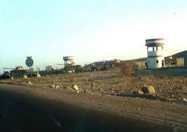 إنسحاب المسلحين الحوثيين والقوات المولية لهم من قاعدة العند الجوية
