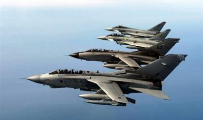 طائرات التحالف تقصف مواقع ومخازن للأسلحة بالعاصمة صنعاء والدفاعات الأرضية ترد