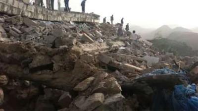 الحوثيون يفجرون منزل الشيخ حمود البرح في مديرية القفر