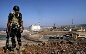 القبائل بشبوة تسيطر على معسكرين وتتقدم نحو تحرير المناطق التي يسيطر عليها الحوثيين
