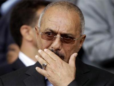 """لماذا لا يستطيع الرئيس السابق """" صالح """" السفر خارج اليمن ؟"""