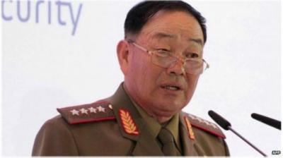 """إعدام وزير الدفاع في كوريا الشمالية بتهمة """"عدم إظهار الولاء لزعيم البلاد"""