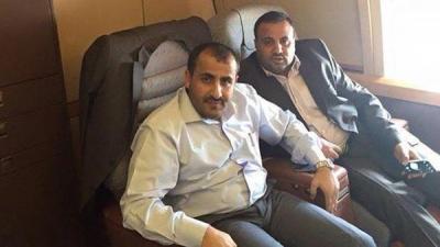 قيادات حوثية تغادر اليمن إلى عُمان برفقة دبلوماسيين عُمانيين ( الأسماء)