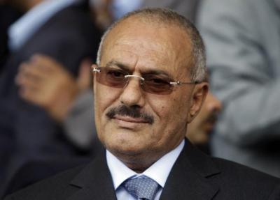 """الرئيس السابق  """"علي عبدالله صالح """" في تهنئة يدعوا لهدنة شاملة ويهاجم من وصفهم بالمهرولين إلى الرياض ( نص التهنئة )"""
