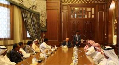 الرئيس هادي يلتقي بقيادات حلف قبائل حضرموت ( صورة)