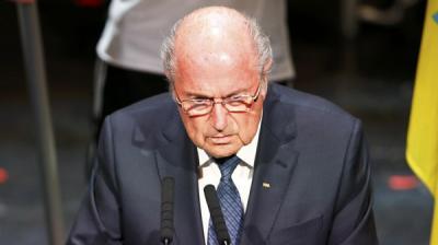 """رئيس الفيفا """"بلاتر"""" : لقد جلبوا العار لكرة القدم"""