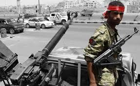 لماذا بدأت بعض قوات الحرس الجمهوري بالإنسحاب من تعز ورفض القتال مع الحوثيين ؟