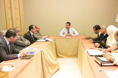 """ناطق الحكومة """" بادي """"  يتحدث عن مستجدات جعلت من الحكومة اليمنية توافق على المشاركة بلقاء جنيف"""