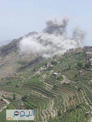 شاهد صور حصرية للقصف الذي شنه طيران التحالف على مواقع بمديرية المحابشة بمحافظة حجة