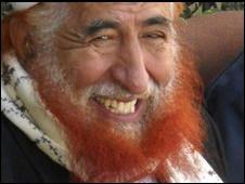 الشيخ عبد المجيد الزنداني يصل السعودية قبل أن يمر بما يقارب بـ 30 نقطة حوثية ويكشف عن المحافظة التي كان يُقيم فيها