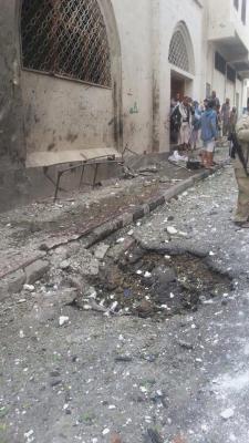 معلومات جديدة عن الإنفجار العنيف الذي هز منطقة نُقم بصنعاء وعدد القتلى والجرحى ( صور أولية)