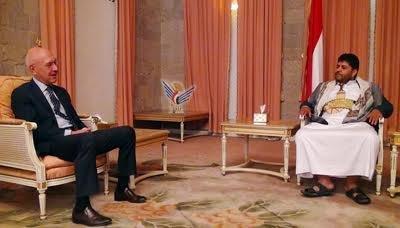 محمد علي الحوثي يشكو السعودية إلى نائب السفير الروسي بشأن وقوفها أمام تعويم المشتقات النفطية