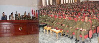 قيادات عسكرية  بصنعاء بدأت بالتواصل مع الحكومة الشرعية - وقاسم سلام يغادر مسقط إلى لبنان