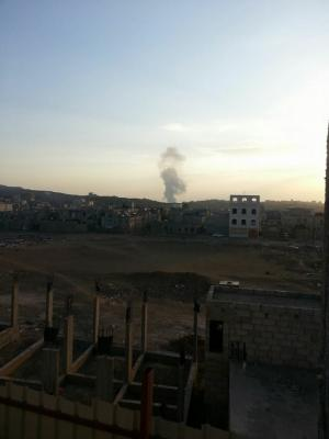 عاجل : غارات جوية وانفجارات تهز العاصمة صنعاء ( المواقع المستهدفة )