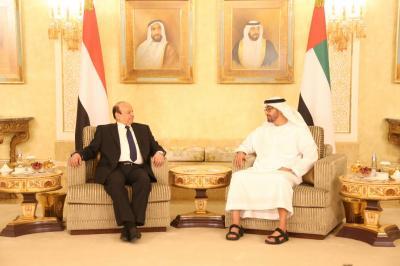 الرئيس هادي يصل الإمارات للمشاركة في تشييع جثامين الجنود الإمارتيين