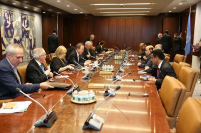 الرئيس هادي يعقد إجتماع مع أمين عام الأمم المتحدة ( صور)