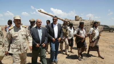 شاهد بالصور بحاح يصل باب المندب وجزيرة ميون ويفضح إدعاءات الحوثيين