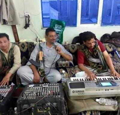 شاهد بالصورة كيف يحمي الفنانين انفسهم في الأعراس بعد حادثة مقتل الفنان نادر الجرادي