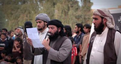 شاهد بالصور - داعش يرمي بـ 4 أشخاص من مبانً مرتفعة بالعراق  بتهمة المثلية الجنسية