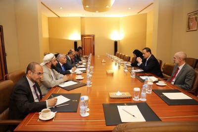 اللجنة السياسية برئاسة وزير الخارجية الأسبق تلتقي بالمبعوث الأممي ولد الشيخ بالرياض ( صورة)