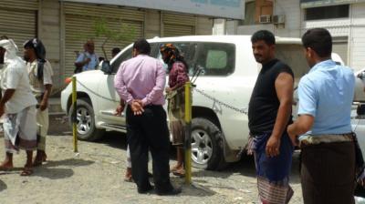 كيف استطاعت الأجهزة الأمنية بعدن التوصل إلى سيارة وهوية قاتل المواطن الإماراتي ؟