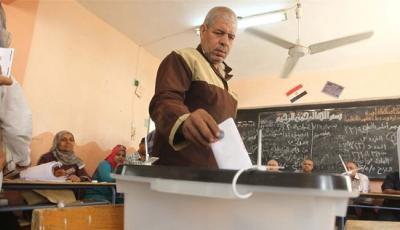 إقبال شعبي ضعيف للغاية بأول أيام الإنتخابات البرلمانية المصرية والشباب غائبون