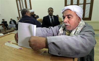 ضبط مرشحين يوزعون الحشيش والأموال على الناخبين بمصر