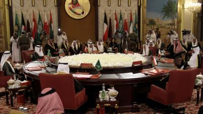 الحكومة اليمنية تتجه إلى الطلب رسمياً لإنضمام اليمن إلى دول مجلس التعاون الخليجي ومشاورات خليجية لقبول ذلك الطلب