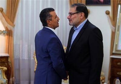 """قيادات حوثية تصل طهران ورئيس الوفد الحوثي يستنجد ويقول """" أنتم الأقرب لنا """" ولاريجاني يؤكد أن قضية اليمن أولوية بالنسبة لإيران"""