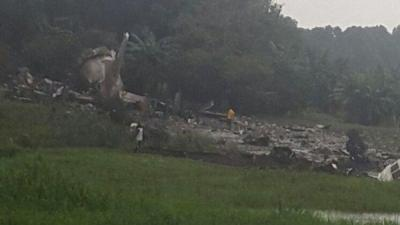 مقتل 40 راكبا بتحطم طائرة روسية الصنع بجنوب السودان ( صور)