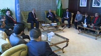 لقاء سعودي- يمني في نيويورك وتفاؤل حول المحادثات المرتقبة بين الحكومة اليمنية والحوثيين