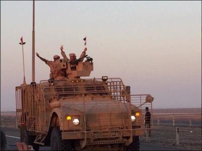 بالصور .. لحظة وصول القوات الإماراتية العائدة من اليمن إلى مدينة زايد العسكرية